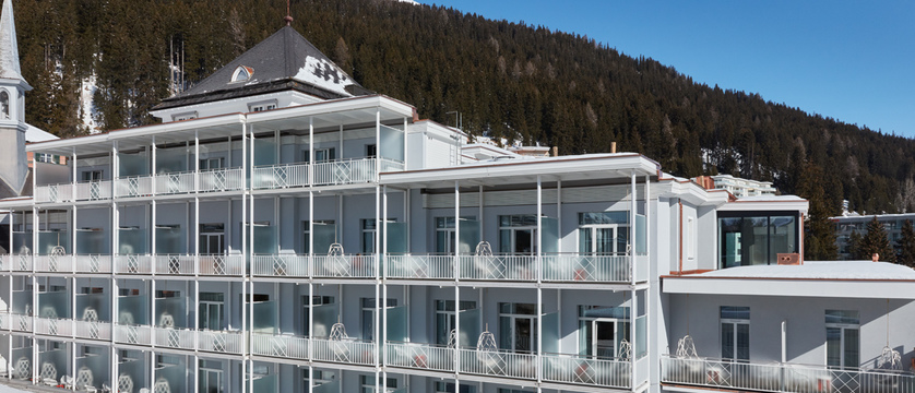 switzerland_davos_hard-rock-hotel_exterior.jpg